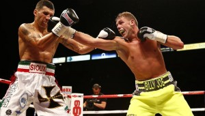 Billy Joe Saunders v Emanuele Blandamura