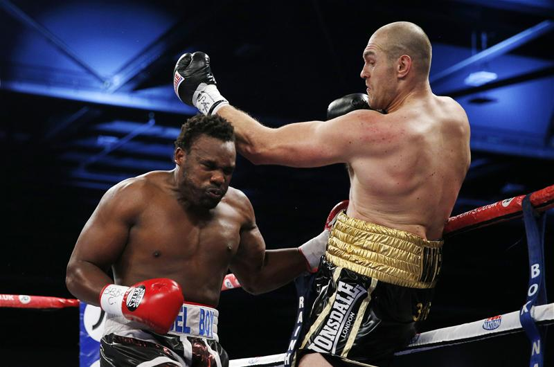 Dereck Chisora against Tyson Fury