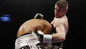 Liam Smith delivers a body shot