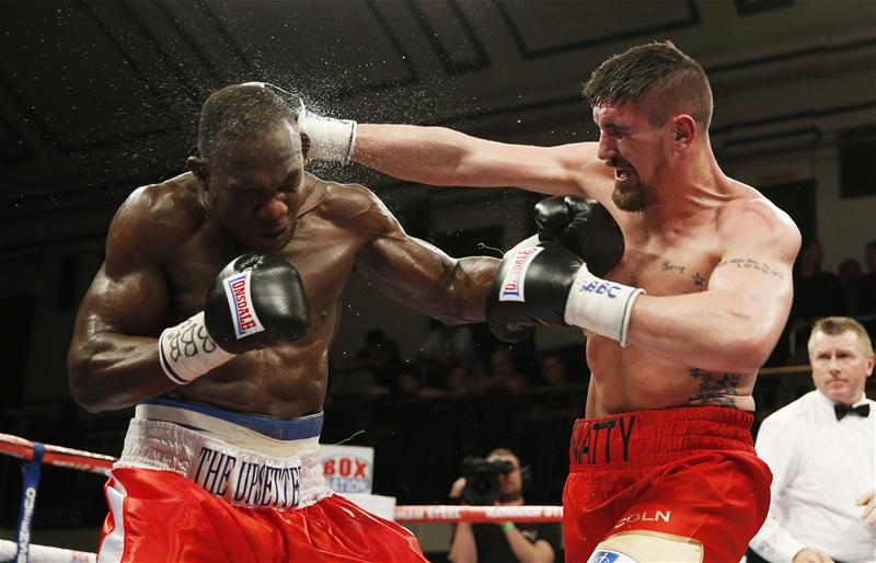 Ovill McKenzie in action against Matty Askin