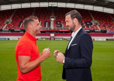 14.07.2015           REPRO FREE On Saturday the 19th of September, reigning WBO Middleweight Champion and Limerick native, Andy Lee, will defend his World title against undefeated Billy Joe Saunders. This unique outdoor global boxing event will take place at Thomond Park the home of Munster Rugby, live and exclusive on Box Nation in the UK and Ireland. Booth Boxing and Queensberry Promotions are delighted to welcomed members of the media, dignitaries and special guests to Thomond Park for the announcement of this special sporting event.  Undefeated Billy Joe Saunders and reigning WBO Middleweight Champion and Limerick native, Andy Lee, faced off at the announcement of their world title fight at Thomond Park. Picture: Alan Place/Fusionshooters.