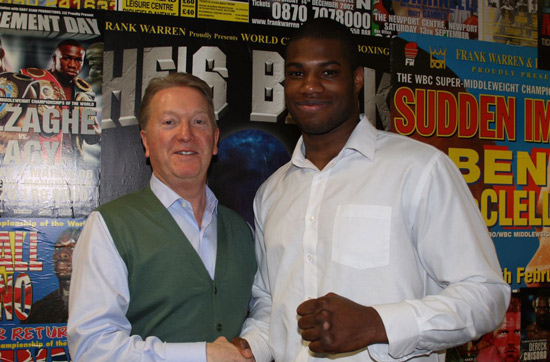 Daniel Dubois signs with Frank Warren