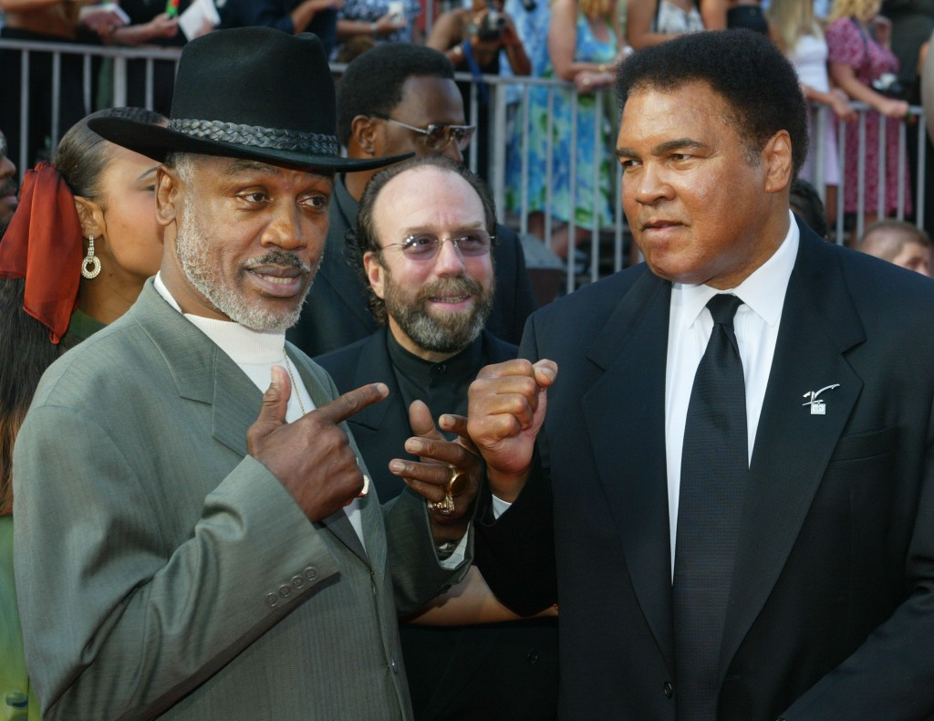 BOXERS JOE FRAZIER AND MUHAMMAD ALI AT ESPY AWARDS.